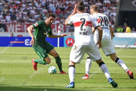 Ishak Belfodi (SV Werder Bremen #29)  -  Holger Badstuber (VFB Stuttgart #28) and Emiliano Insua (VFB Stuttgart #2) , VFB Stuttgart - SV Werder Bremen, Football, Bundesliga, 21.04.2018
