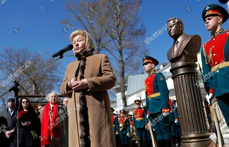 Yeltsin's widow, Naina Yeltsin speaks in front of the bronze bust of the Russian first President Boris Yeltsin during unveiling ceremony on Alley of Rulers in Moscow, Russia, 23 April 2018. Boris Yeltsin join statues of the Soviet leaders Vladimir Lenin, Joseph Stalin, Nikita Khrushchev, Leonid Brezhnev, Yury Andropov, Konstantin Chernenko and Mikhail Gorbachev in the Alley of Rulers in the Russian Military History Society.