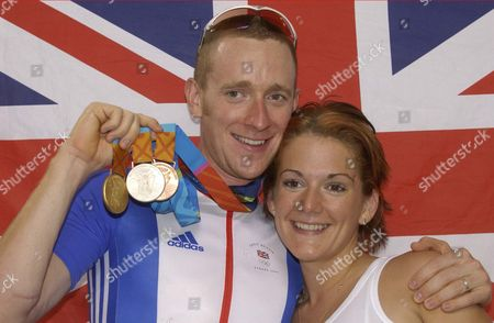 Bradley Wiggins (l) With Fiancee Cath Cockran After Claiming His Third Medal Of The 2004 Athens Olympic Games In The Mens Madison Cycling Final.