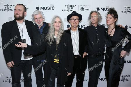 Patti Smith and Her Band - Jackson Smith, Tony Shanahan, Patti Smith, Jay Dee Daugherty, Lenny Kaye and Jesse Smith
