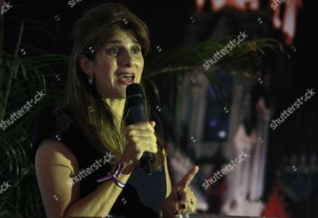 Dina Mired
