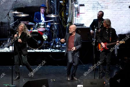 Patti Smith, Jay Dee Daugherty, Michael Stipe and Lenny Kaye