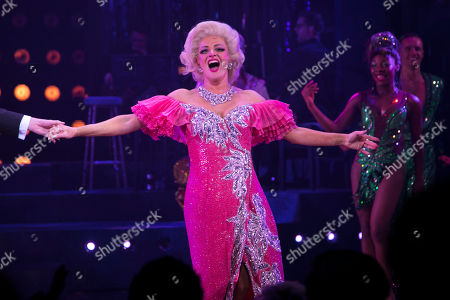 Anna Francolini (Shirley Hastings) during the curtain call