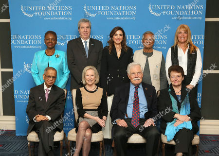 Queen Rania with Kathy Calvin, President and CEO; Valerie Amos, Director of SOAS University of London; Kofi Annan, former Secretary-General of the United Nations; Fabio Colletti Barbosa, former CEO of the Abril Group; Gro Harlem Brundtland, Vice Chair of the board, former Director-General of the World Health Organization (WHO) and former Prime Minister of Norway; Julio Frenk, President of the University of Miami; Igor Ivanov, President of the Russian International Affairs Council and former Minister of Foreign Affairs of the Russian Federation; N.R. Narayana Murthy, Co-Founder of Infosys Limited; Hisashi Owada, Judge, International Court of Justice; Hans Vestberg, Executive Vice President and President of Network and Technology at Verizon; Timothy E. Wirth, Vice Chair of the board and former U.S. Senator; Yuan Ming, Dean of Yenching Academy at Peking University; and Muhammad Yunus, Founder of Grameen Bank.