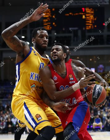 Cory Higgins (R) of CSKA Moscow in action against Thomas Robinson (L) of Khimki Moscow during the Euroleague basketball playoff match between CSKA Moscow and Khimki Moscow Region in Moscow, Russia, 25 April 2018.