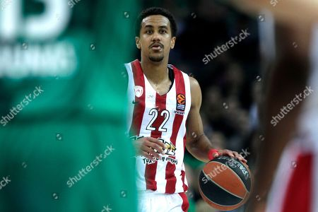 Brian Roberts of Olympiacos Piraeus in action during the basketball Euroleague playoff match between Zalgiris Kaunas and Olympiacos Piraeus in Kaunas, Lithuania, 26 April 2018.