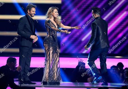 """Eugenio Derbez, Aracely Arambula. Eugenio Derbez, from left, and Aracely Arambula present the award for hot Latin song of the year to Luis Fonsi for """"Despacito"""" at the Billboard Latin Music Awards at the Mandalay Bay Events Center, in Las Vegas"""