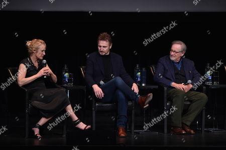Caroline Goodall, Liam Neeson, Steven Spielberg