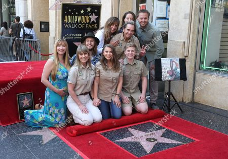 Terri Irwin, Bindi Irwin with Beau Bridges and family