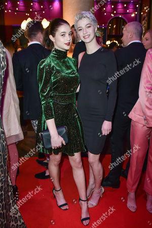 Lisa-Marie Koroll ,  Schwester Lara-Sophie