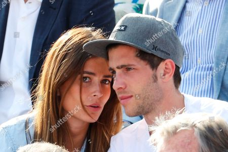 FC Barcelona's Spanish midfielder Sergi Roberto (d) and girlfriend Coral Simanovich (L) attend a quarterfinal match between Spain's Rafael Nadal and Slovakian Martin Klizan at Barcelona Open Trofeo Conde de Godo in Barcelona, northeastern Spain, 27 April 2018.