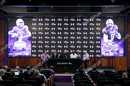 Marty Mornhinweg, Greg Roman, Hayden Hurst, Lamar Jackson, James Urban. Baltimore Ravens tight ends coach Greg Roman, from left, tight end Hayden Hurst, offensive coordinator Marty Mornhinweg, quarterback Lamar Jackson and quarterbacks coach James Urban participate in an NFL football news conference to introduce the team's first-round draft picks at the team's headquarters in Owings Mills, Md