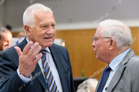 Former Czech president Vaclav Klaus (L) talks with former AUNS president and right-wing politician Christoph Blocher (R) as he attends the meeting of the Campaign for an Independent and Neutral Switzerland (AUNS) in Bern, Switzerland, 28 April 2018. Klaus is a guest to the meeting of the Swiss organisation that opposes any rapprochement with the EU, and a participation of the Swiss army in missions abroad. It had campaigned against Switzerland's accession to the UN, bilateral treaty packages with the EU, among others.