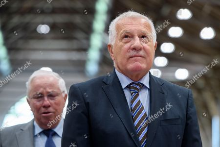 Former Czech president Vaclav Klaus (R) attends next to former AUNS president and right-wing politician Christoph Blocher (L) as he attends the meeting of the Campaign for an Independent and Neutral Switzerland (AUNS) in Bern, Switzerland, 28 April 2018. Klaus is a guest to the meeting of the Swiss organisation that opposes any rapprochement with the EU, and a participation of the Swiss army in missions abroad. It had campaigned against Switzerland's accession to the UN, bilateral treaty packages with the EU, among others.