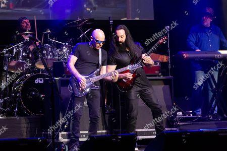G3 - Joe Satriani, John Petrucci
