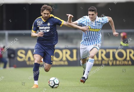 Verona's Alessio Cerci (L) and Spal's Federico Mattiello in action during the Italian Serie A soccer match between Hellas Verona FC and Spal 2013 at Bentegodi stadium in Verona, Italy, 29 April 2018.