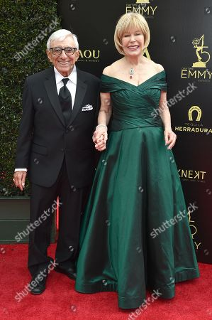 Jamie Farr and Loretta Swit