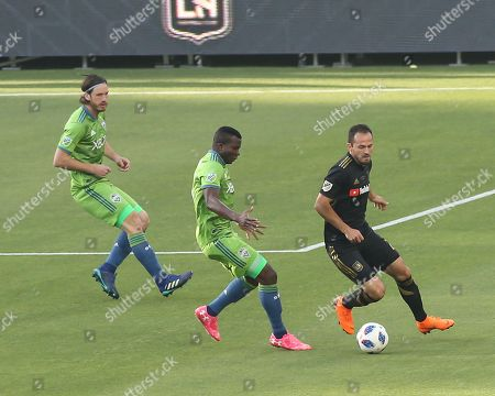 Los Angeles, CA...Los Angeles FC forward Marco Urena #21during the Los Angeles Football Club vs Seattle Sounders FC at BANC OF CALIFORNIA Stadium the LAFC in Los Angeles, Ca on , 2018. Jevone Moore