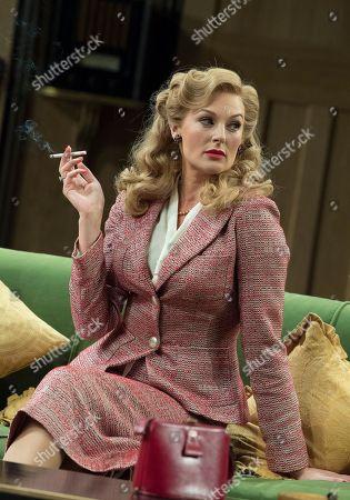 Katherine Kingsley as Liz Essendine
