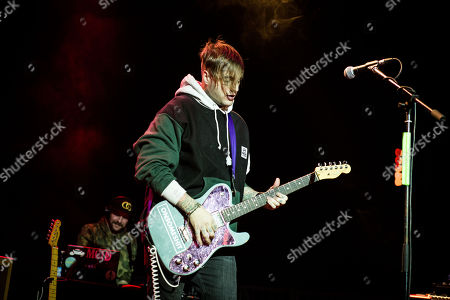 Stock Picture of Highly Suspect - Johnny Stevens
