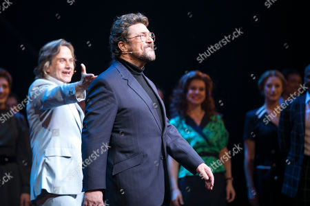 Tim Howar (Frederick Trumper) and Michael Ball (Anatoly Sergievsky) during the curtain call