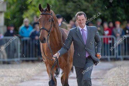 Mark Todd (NZL) with Leonidas II at the First Horse Inspection at the North Front Badminton House. Oliver Townend comes to Badminton looking to win the Rolex Grand Slam The 2018 Mitsubishi Motors Badminton Horse Trials,  Badminton, Gloucestershire, UK, 2nd May 2018.