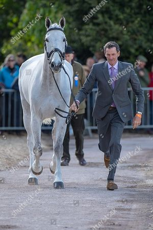 Mark Todd (NZL) with Kiltubrid Rhapsody at the First Horse Inspection at the North Front Badminton House. Oliver Townend comes to Badminton looking to win the Rolex Grand Slam The 2018 Mitsubishi Motors Badminton Horse Trials,  Badminton, Gloucestershire, UK, 2nd May 2018.