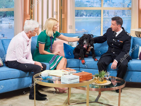 Stock Photo of Phillip Schofield and Holly Willoughby with Sherlock and Fire Investigator Paul Osborne