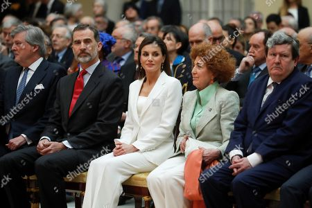 Spain's King Felipe VI (2L) and Queen Letizia (C), next to Spanish Education Minister, Inigo Mendez de Vigo (L), President of the Spanish Royal Academy of History, Carmen Iglesias (2R), and Director of Cervantes Institute, Juan Manuel Bonet (R), attend the presentation of the Electronic Biographical Dictionary, by the Spanish Royal Academy of History, at El Pardo palace in Madrid, Spain, 03 May 2018.