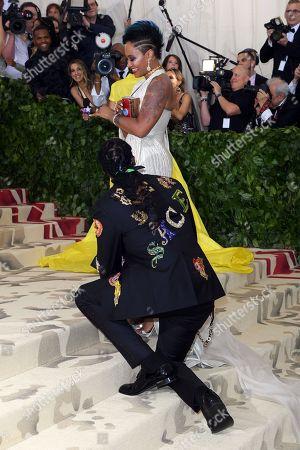 2 Chainz proposing to Kesha Ward