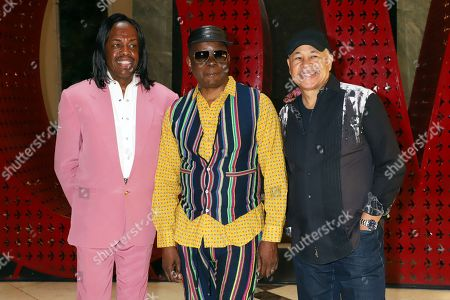 Earth, Wind and Fire - Verdine White, Phillip Bailey and Ralph Johnson