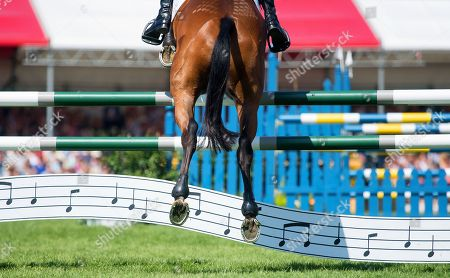 Sir Mark Todd (NZL) riding Leonidas ll during the Show Jumping Test