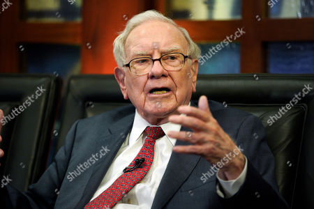 """Berkshire Hathaway Chairman and CEO Warren Buffett speaks during an interview in Omaha, Neb., with Liz Claman on Fox Business Network's """"Countdown to the Closing Bell"""