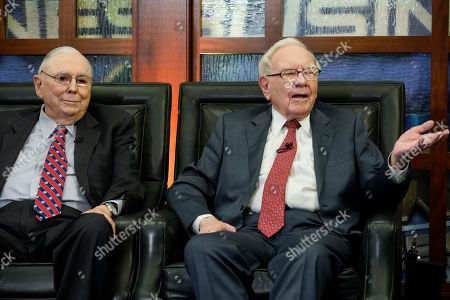 """Warren Buffett, Charlie Munger. Berkshire Hathaway Chairman and CEO Warren Buffett, right, and his Vice Chairman Charlie Munger speak during an interview in Omaha, Neb., with Liz Claman on Fox Business Network's """"Countdown to the Closing Bell"""