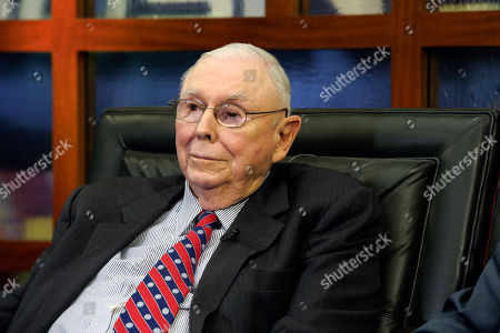"""Berkshire Hathaway Vice Chairman Charlie Munger listens to a question during an interview in Omaha, Neb., with Liz Claman on Fox Business Network's """"Countdown to the Closing Bell"""