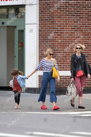 Sienna Miller, Savannah Miller, Marlowe Sturridge