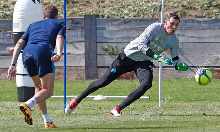 Yohann Pele, goalkeeper of Olympique  Marseille, attends a training session at Robert Louis Dreyfus training center in Marseille, southern France, 08 May 2018. Olympique Marseille will face Atletico Madrid in the UEFA Europa League final match on 16 May 2018 in Lyon.