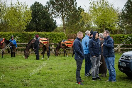 Ireland and Munster rugby stars, Keith Earls and Andrew Conway, visited Joseph O'Brien's yard today in Kilkenny to meet the horse Apparition. Keith and Andrew, along with Conor Murray, Fergus McFadden and Sean Cronin are all part of the exciting new Rugby and Racing syndicate that was set up in early 2018 and is run by former Munster player, Johne Murphy. The Rugby and Racing syndicate members and Horse Racing Ireland are promoting syndicated racehorse ownership as part of its wider ?Experience it? campaign, offering horse racing fans and their friends the opportunity to trial racehorse ownership. Visit racehorseownership.ie to find out more information on the opportunities of ownership and syndication. Pictured today is Keith Earls and Andrew Conway with Johne Murphy