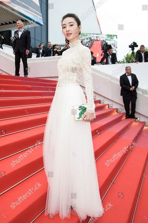 Model Wang Likun poses for photographers upon arrival at the premiere of the film 'Yomeddine' at the 71st international film festival, Cannes, southern France