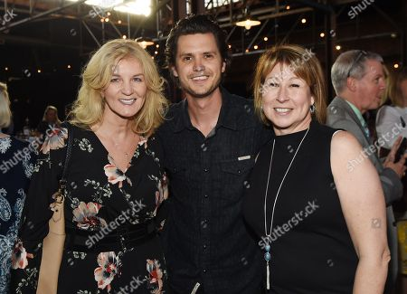 Stock Picture of President/CEO Shopkeeper Management Marion Kraft, Singer/Songwriter Steve Moakler and CMA/CEO Sarah Trahern.