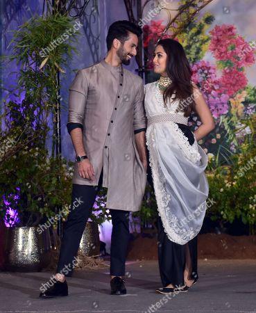 Bollywood actor Shahid Kapoor with wife Mira Rajput