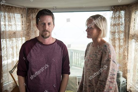 (Ep 2) - Lee Ingleby as David Collins and Hermione Norris as Alice.