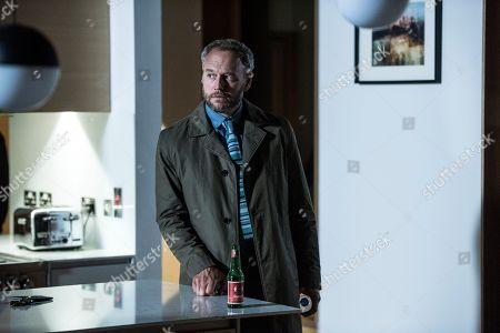 (Ep 1) - Elliot Cowan as Tom Wilson.