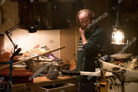 (Ep 1) - Adrian Rawlins as Rob.