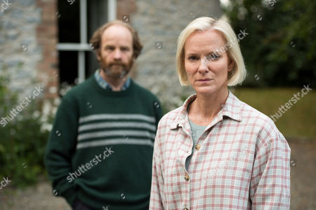 Stock Picture of (Ep 1) - Hermione Norris as Alice and Adrian Rawlins as Rob.