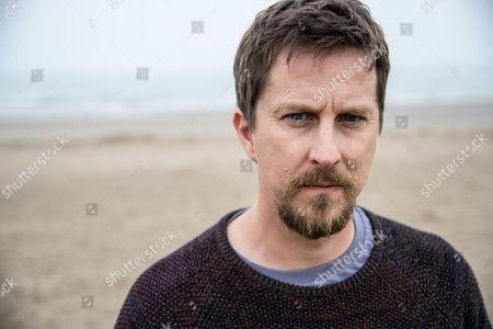 (Ep 1) - Lee Ingleby as David Collins.
