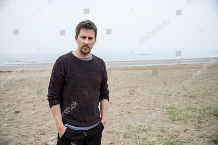 Stock Picture of (Ep 1) - Lee Ingleby as David collins.