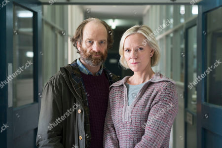 Stock Picture of (Ep 4) - Hermione Norris as Alice and Adrian Rawlins as Rob.