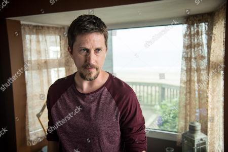 Stock Photo of (Ep 1) - Lee Ingleby as David Collins.