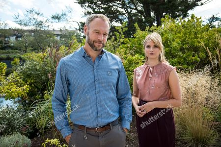 Stock Photo of (Ep 2) - Elliot Cowan as Tom and Hannah Britland as Melissa.